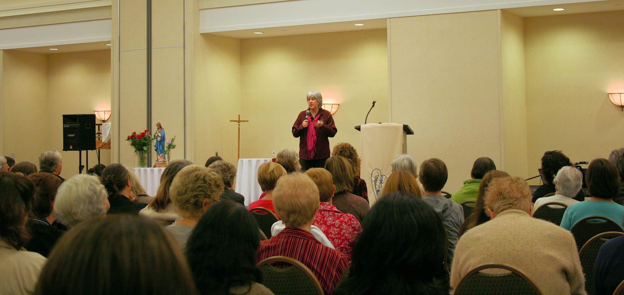 Terry Modica gives women's retreats